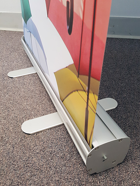 Roll Up Banner: Retractable Narrow